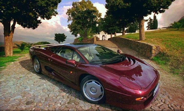 jaguarxj220(1).jpg
